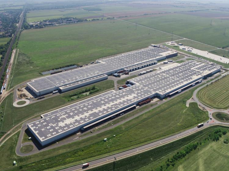 Solární střecha továrny Audi v Maďarsku