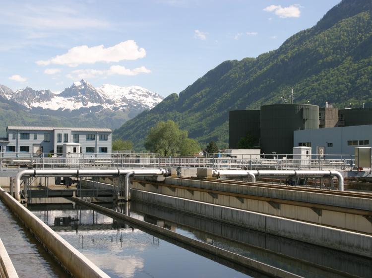 Čistírna vody ve Švýcarsku