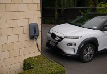 Domácí nabíječka elektromobilu