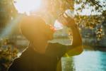 Pití nápojů z PET lahví