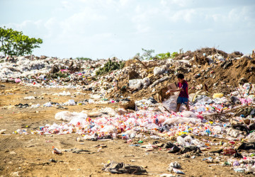 Skládky v chudých zemích