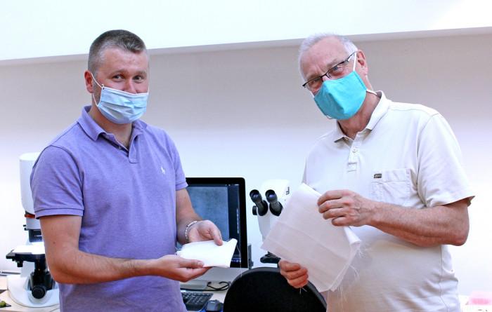 Odborníci z TUL s novou rouškou z kyseliny polymléčné