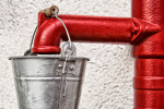 Ruční pumpa na vodu ze studny