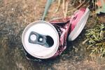Použité plechovky od nápojů