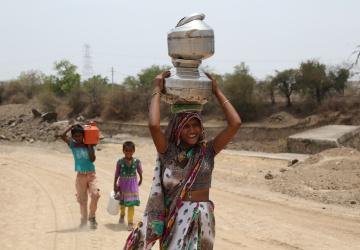 Dlouhé cesty za pitnou vodou