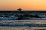 Ropná plošina na moři
