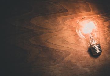 Dočkáme se bezdrátového napájení světel?