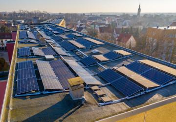Fotovoltaické panely na střeše