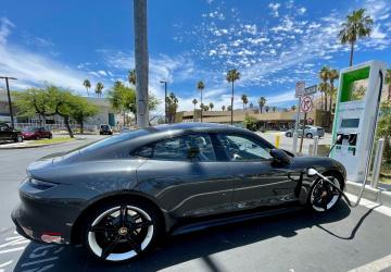 Elektromobil od Porsche